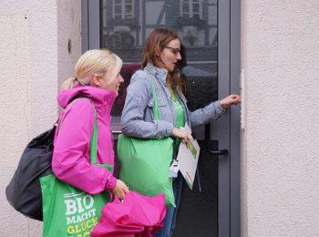Grün klingelt: Wir sind's – die Grünen! Lisa Badum mit Katharina Schulze